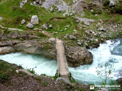 Ruta del Cares - Garganta Divina - Parque Nacional de los Picos de Europa;club de montaña